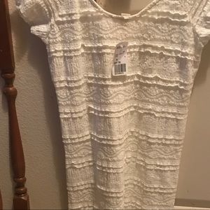 NWT Forever 21 women's medium lace style dress.